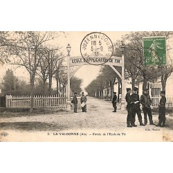01 - Ain [01] La Valbonne - Entrée de l'Ecole de Tir.