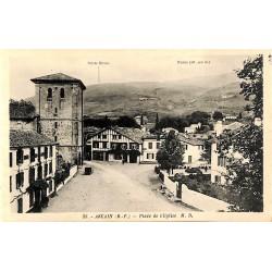 ABAO 64 - Pyrénées Atlantiques [64] Ascain - Place de l'Eglise.
