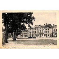 ABAO 42 - Loire [42] Jonzieux - La Grand' place.