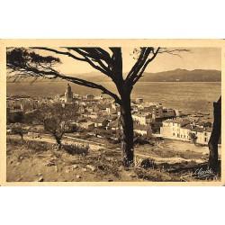 ABAO 83 - Var [83] Saint-Tropez - Panorama, vu de la Citadelle.