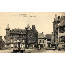 15 - Cantal [15] Salers - La Place.