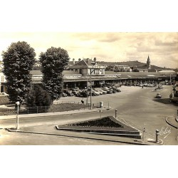 ABAO 03 - Allier [03] Vichy - La Gare. - Carte photo (Eloé)