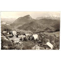 ABAO 74 - Haute Savoie [74] Mieussy - Village de Messy, La chaîne du Mont-Blanc, le Mont Orchez et la Pointe Persée.