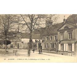 ABAO 72 - Sarthe [72] Mamers - L'Hôtel de Ville, la Bibliothèque et le Musée.