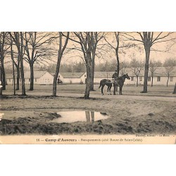 ABAO 72 - Sarthe [72] Camp d'Auvours - Baraquements (côté route de Saint-Calais).