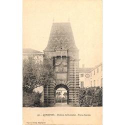 ABAO 69 - Rhône [69] Amplepuis - Château de Rochefort. Porte d'entrée.