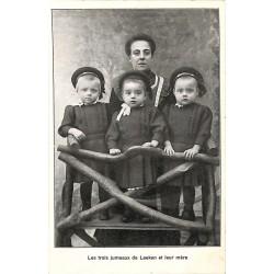 ABAO Personnalités Les Trois Jumeaux de Laeken et leur mère.
