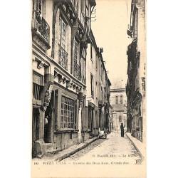 ABAO 77 - Seine-et-Marne [77] Le Mans - Maisons des Deux Amis, Grande-Rue.