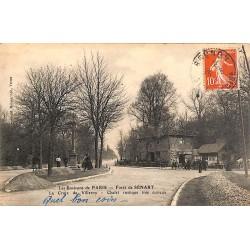 ABAO 91 - Essonne [91] Quincy-sous-Sénart - Forêt de Sénart. La Croix de Villeroy. Chalet rustique très curieux.