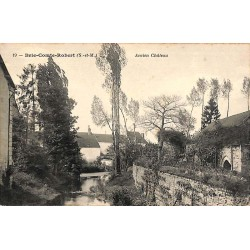 ABAO 77 - Seine-et-Marne [77] Brie-Comte-Robert - Ancien Château.