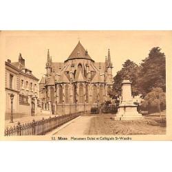 ABAO Hainaut Mons - Monument Dolez et Collégiale St-Waudru.
