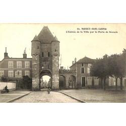 ABAO 77 - Seine-et-Marne [77] Moret-sur-Loing - L'Entrée de la Ville par la Porte de Samois.