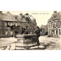 ABAO 29 - Finistère [29] Locronan - Le Vieux Puits.