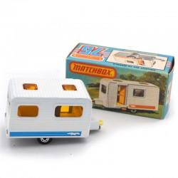 ABAO Automobiles Matchbox (1/64) Caravan.
