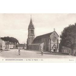 ABAO 52 - Haute Marne [52] Bourbonne-les-Bains - La Place de l'Eglise.