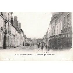 ABAO 89 - Yonne [89] Villeneuve-sur-Yonne - La Rue Carnot et la Porte de Sens.