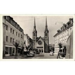Luxembourg Diekirch - Esplanade, Eglise St. Laurent.