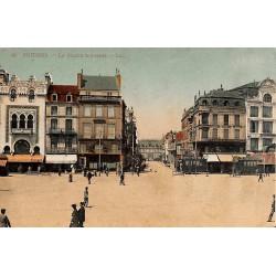ABAO 86 - Vienne [86] Poitiers - La place d'Armes.