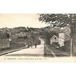 61 - Orne [61] Mortagne-au-Perche - Route de Paris. Entrée de la Ville.