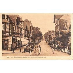14 - Calvados [14] Deauville - Plage fleurie. Rue Désiré le Hoc.
