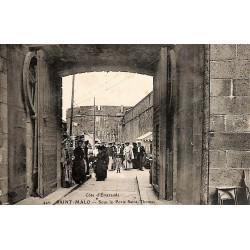 ABAO 35 - Ille-et-Vilaine [35] Saint-Malo - Sous la Porte Saint-Thomas.