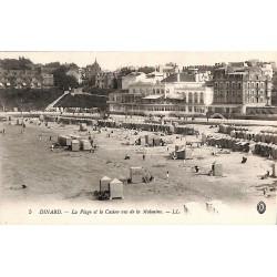 ABAO 35 - Ille-et-Vilaine [35] Dinard - La Plage et le Casino vus de la Malouine.