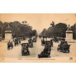 75 - Paris [75] Paris - Perspective de l'Avenue des Champs-Elysées.