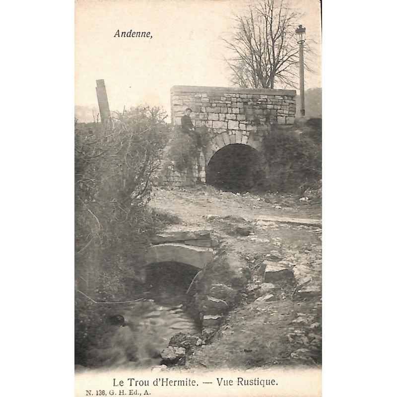 Namur Andenne - Le Trou d'Hermite. Vue rustique.