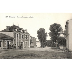ABAO 17 - Charente-Maritime [17] Balanzac - Route de Marennes et la Mairie.