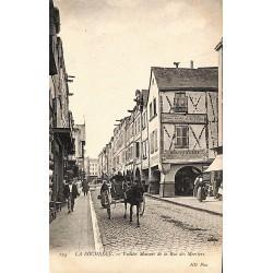 ABAO 17 - Charente-Maritime [17] La Rochelle - Vieilles Maisons de la Rue des Merciers.