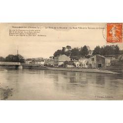ABAO 17 - Charente-Maritime [17] Taillebourg - Les Rives de la Charente. La Basse Ville et la Terrasse du Château.