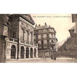 73 - Savoie [73] Chambéry - Le Théâtre et la Rue d'Italie.