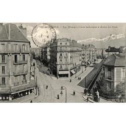 38 - Isère [38] Grenoble - Rue Béranger, Cours Lafontaine et chaîne des Alpes.