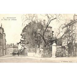 ABAO 38 - Isère [38] Bourgoin - La Place du Château.