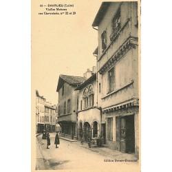 42 - Loire [42] Charlieu - Vieilles Maisons rue Chevroterie, n°22 et 29.