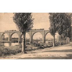 72 - Sarthe [72] Sablé - Le Viaduc. Passage d'un Train.