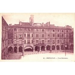 82 - Tarn-et-Garonne [82] Montauban - Place Nationale.