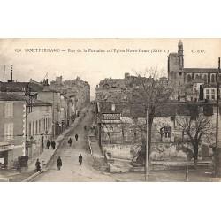 63 - Puy-de-Dôme [63] Montferrand - Rue de la Fontaine et l'Eglise Notre-Dame.