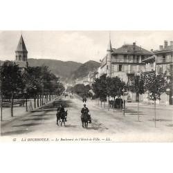 63 - Puy-de-Dôme [63] La Bourboule - Le Boulevard de l'Hôtel de Ville.