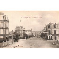 ABAO 14 - Calvados [14] Deauville - Place de la Mairie.