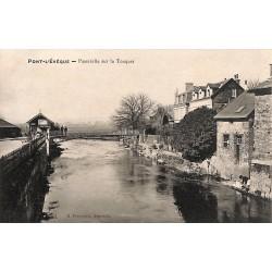 ABAO 14 - Calvados [14] Pont-l'Evêque - Passerelle sur la Touques.