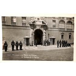 ABAO Monaco Monaco - Le Palais du Prince. La Relève de la Garde.