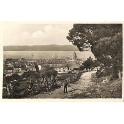 ABAO 83 - Var [83] Saint-Tropez - Vue Générale. Chemin de la Citadelle.